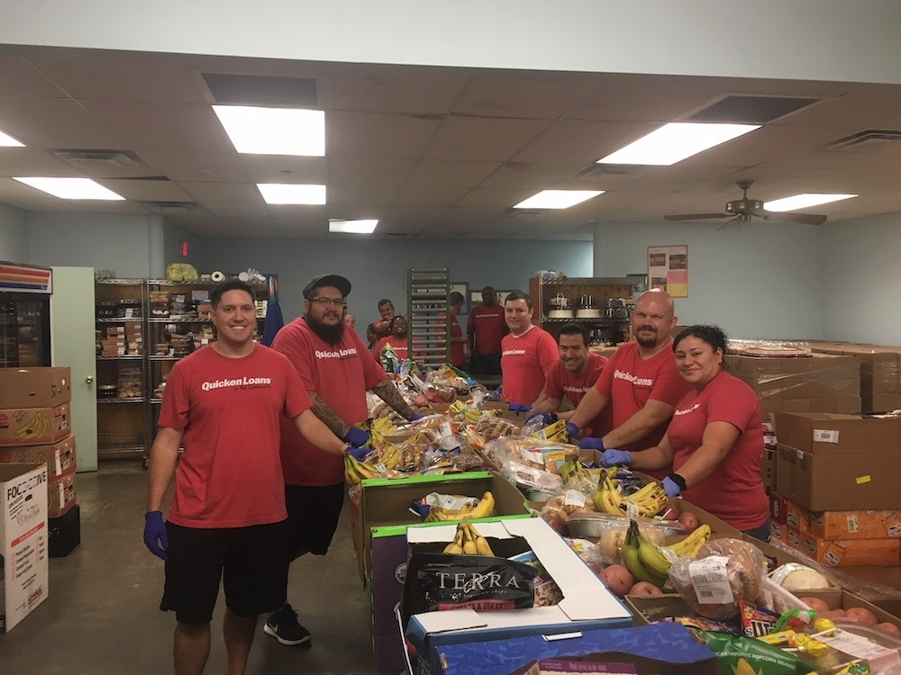 Quicken Loans Volunteers in Pantry